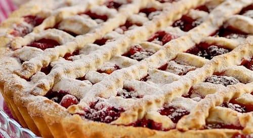 Приготовление пирога с замороженными ягодами — 4 рецепта