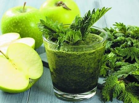 Рецепт смузи из крапивы и фруктов