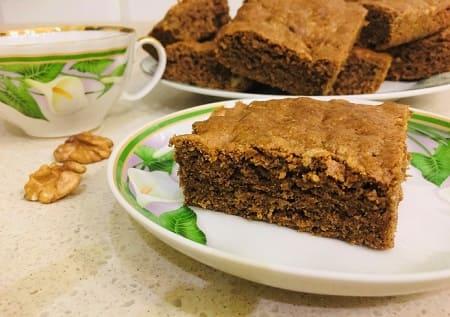Пирог с грецкими орехами - рецепт с фото