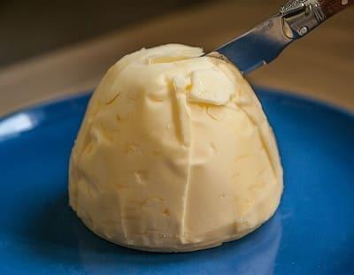 Срок годности сливочного масла: в холодильнике и морозилке