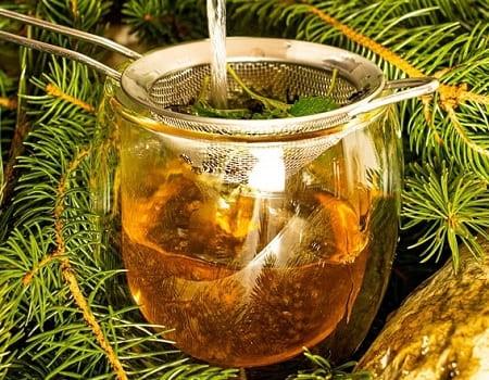 Ароматный травяной чай с имбирем и хурмой