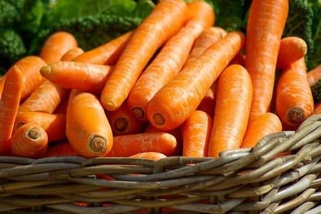 Сколько килограмм в мешке моркови?