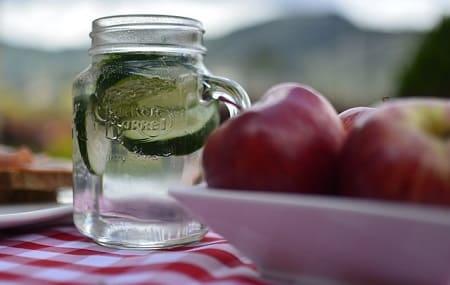 Огуречно-медовый лимонад с укропом