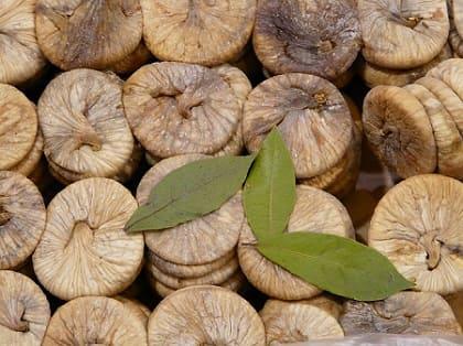 Домашний компот из сушеного инжира