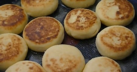 Как приготовить сырники из творога — 12 простых рецептов